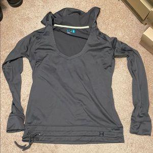 Under armour deep neck hoodie size L